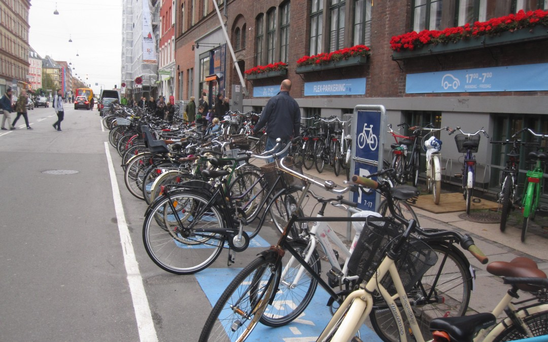Flex Parking: Cars and Bikes Share Spots