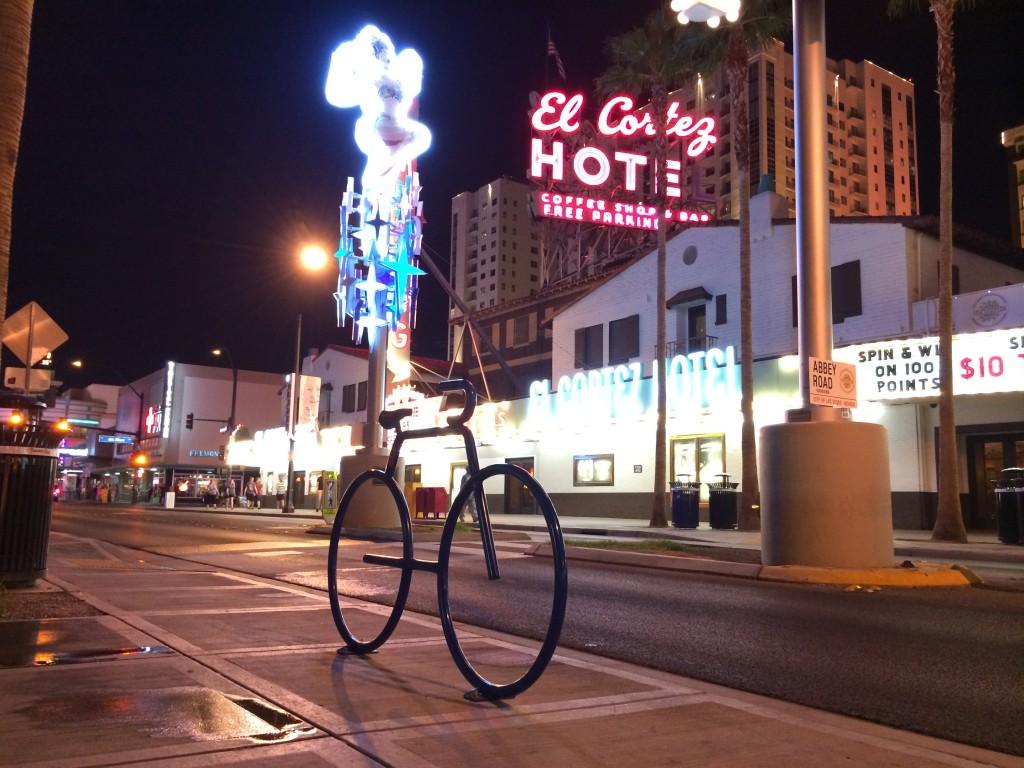 montague_folding_bike_interbike_12