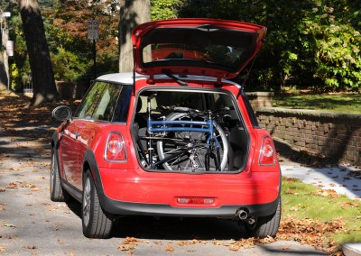 navigator-in-trunk-mini-cooper
