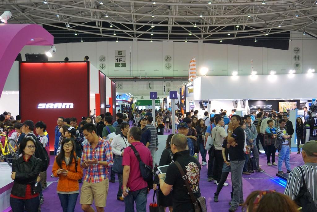 taipei-show-crowd