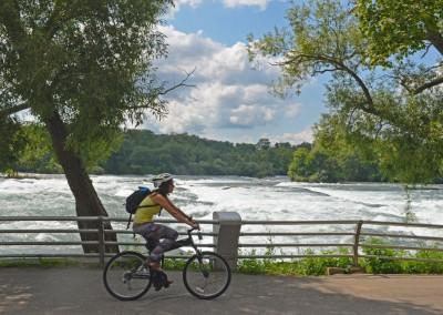 Montague X50 folding bike riding along lake