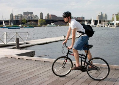 dx-folding-bike-near-river