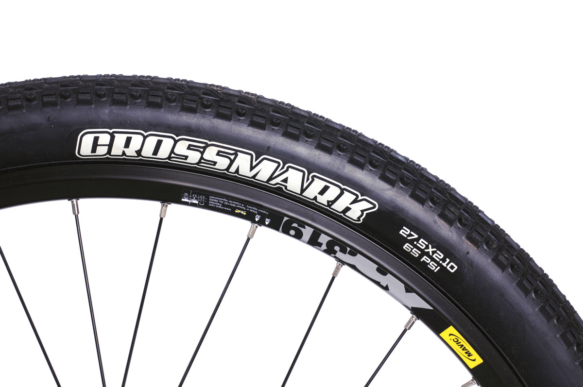 Montague Paratrooper Elite tire and rim closeup