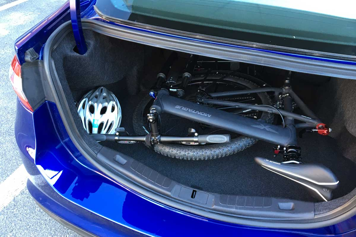 Para-Pro-folded-in-car-trunk