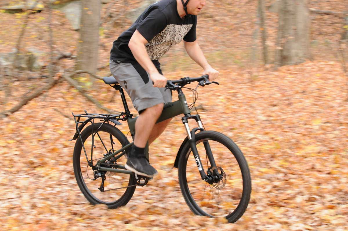 Paratrooper-riding-in-autumn-blurred