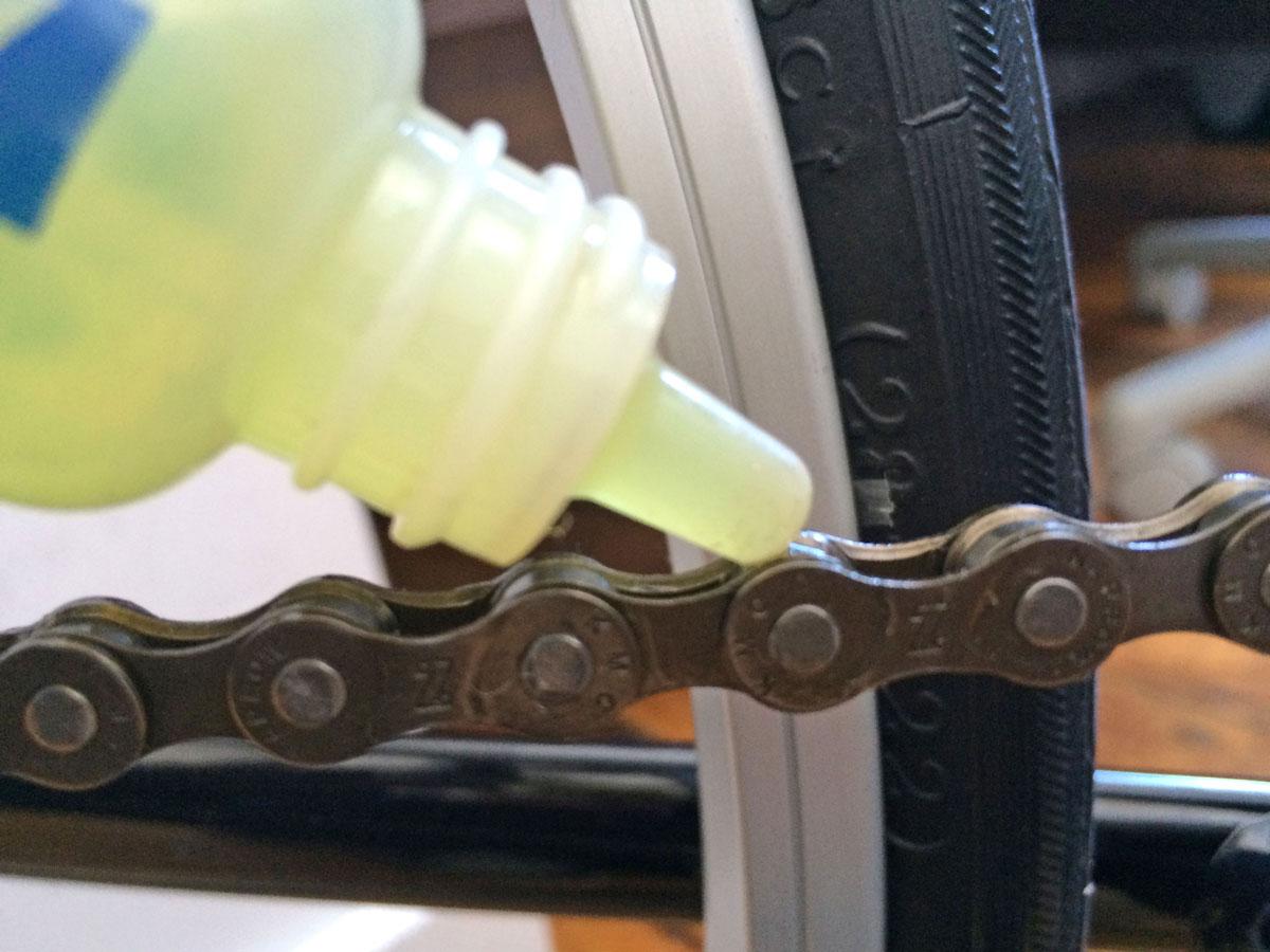 clean-and-lubricate-bike-1